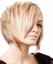 layered wedge bobs fine hair