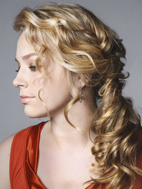 30 Curly High Ponytail Hairstyles For Prom Hairstyles Ideas