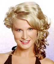 prom hairstyles medium curly