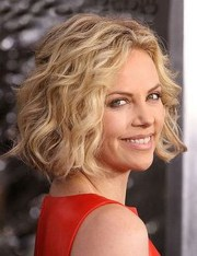 short hairstyles curly fine
