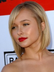 short hairstyles women in 30s