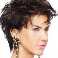 Short womens hairstyles for round faces