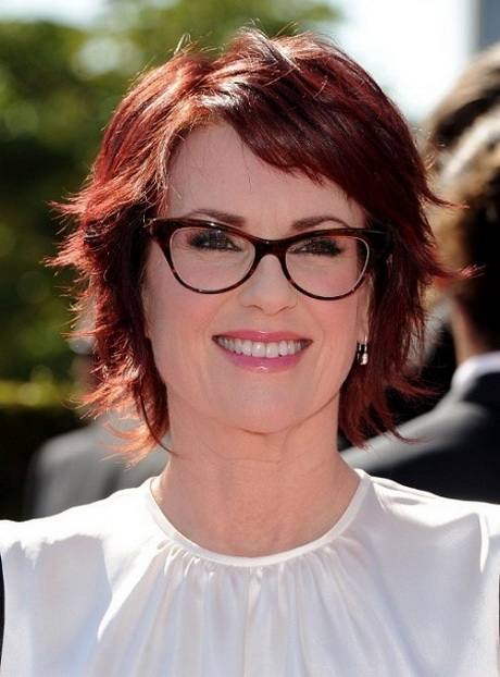 Bob Haircut And Glasses Short Hairstyles For Women With Glasses