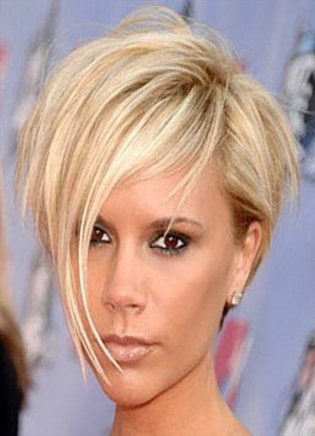 Short hairstyles for women with thin hair