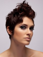 short hairstyles young women