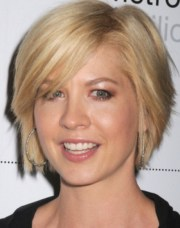short layered hairstyles older
