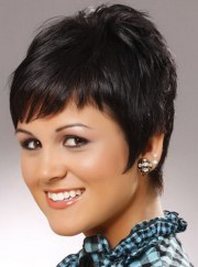 short razor haircuts women