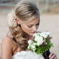 Side ponytail wedding hair