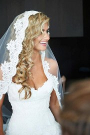 wedding veils with hair
