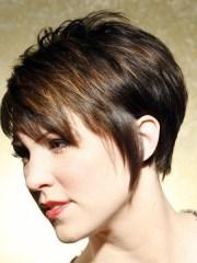 short layered haircuts with bangs