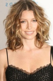 short mid length hairstyles