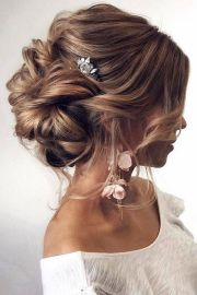 bridal hairstyle 2019