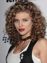 medium curly hairstyles 2016