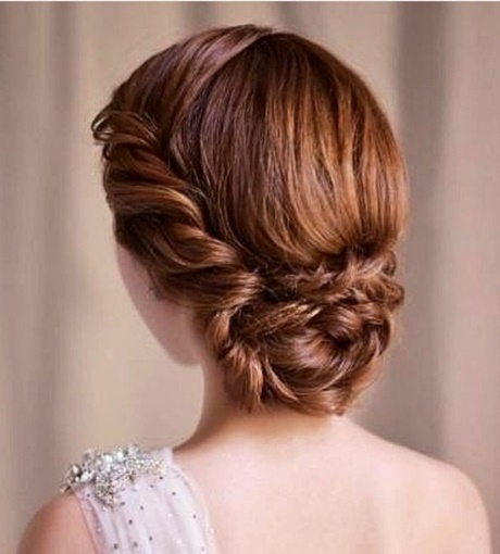 30 Updo Hairstyles For Graduation Ceremony Hairstyles Ideas