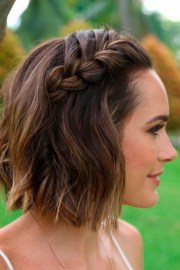 easy shoulder length hairstyles