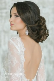 wedding dresses and hairstyles