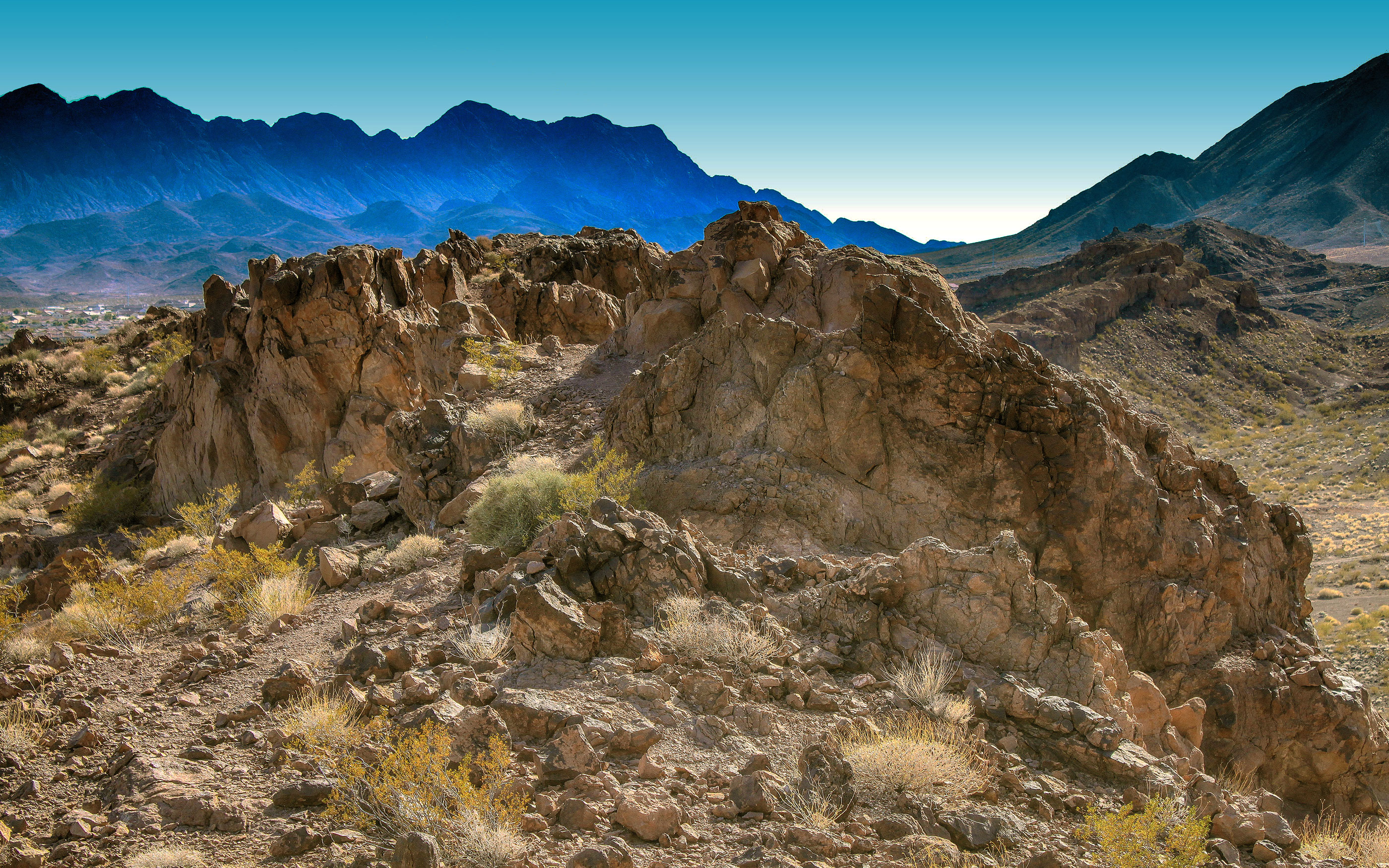 hiking trail in Henderson, Nevada