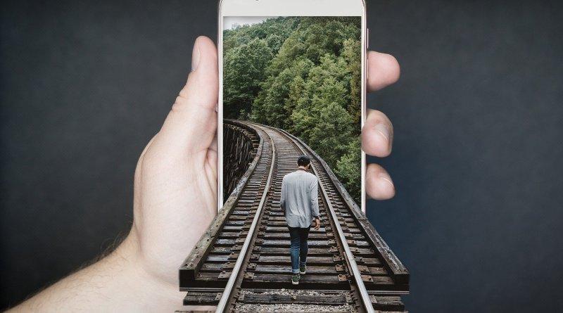 smartphone, pixabay,train-track-2507499_1920, smartphone que no necesitará ser cargado