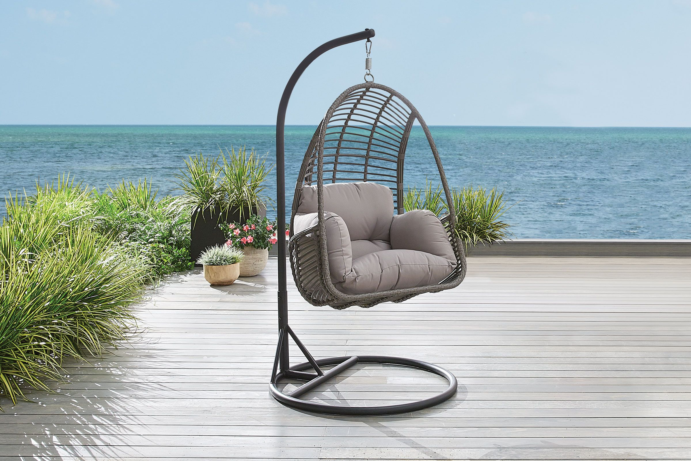hanging basket patio chair