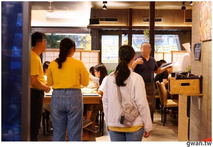 1b13efa325f90014aff75f3fe556a498 - 熱血採訪|一年一次帝王蟹價格大崩盤!台中最便宜的帝王蟹套餐就在菁選涮涮鍋
