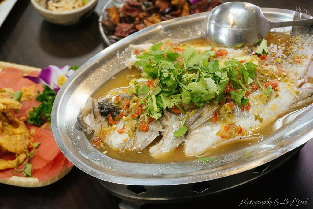[中和海鮮餐廳] 翁仔平價海鮮 - 海山宮廟口夜市美食 | 中和宵夜熱炒推薦 - 吃關關
