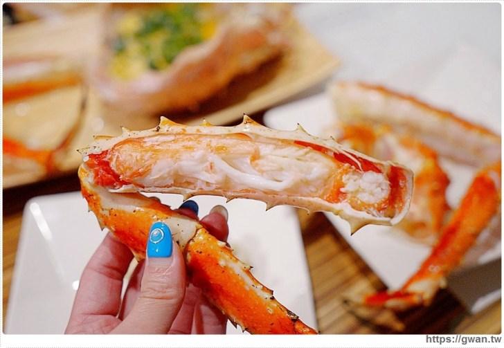 20190926190518 49 - 熱血採訪|一年一次帝王蟹價格大崩盤!台中最便宜的帝王蟹套餐就在菁選涮涮鍋