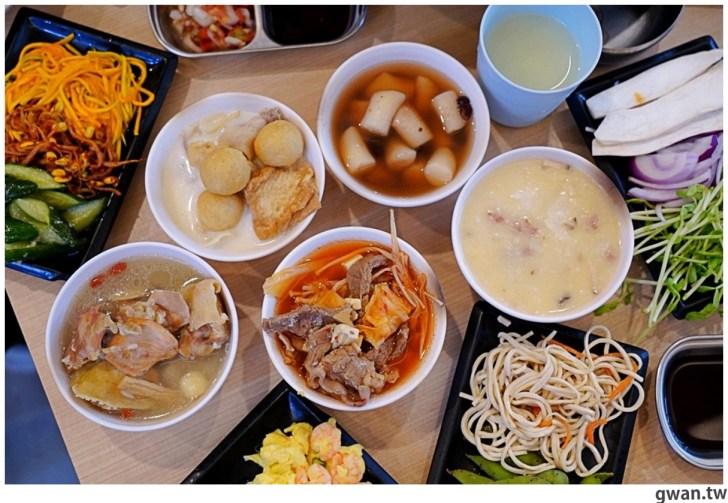 20201215213446 97 - 熱血採訪|台中韓式烤肉吃到飽!烤肉、熱湯、小菜任你吃最低只要369元,周年慶期間還免收服務費~