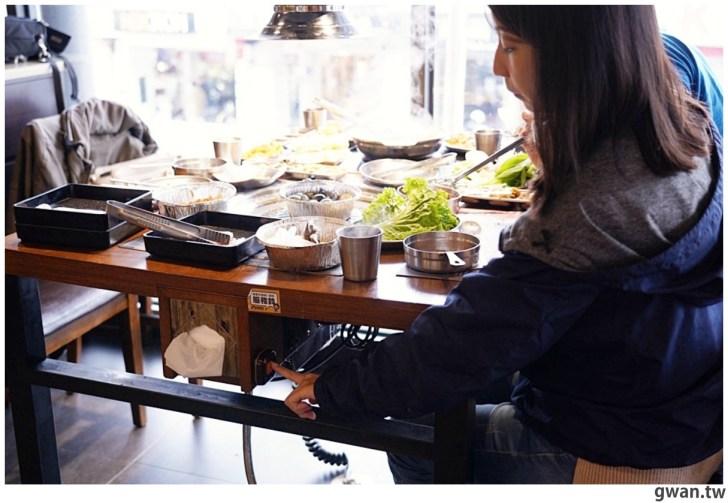 20210122144707 94 - 熱血採訪|台中烤肉火鍋吃到飽,平日午餐學生只要399,用餐時間人潮滿滿!