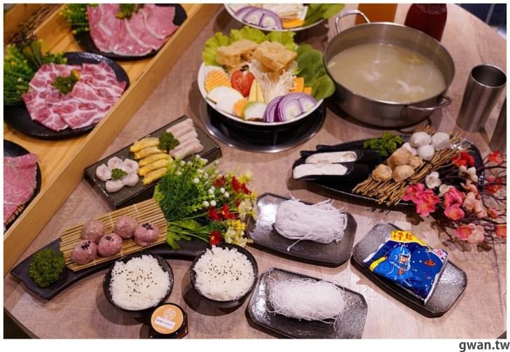 20211001234055 1 - 熱血採訪|人少也能吃!滿滿龍蝦吃到爽,新鮮蝦肉一拉整塊就起來