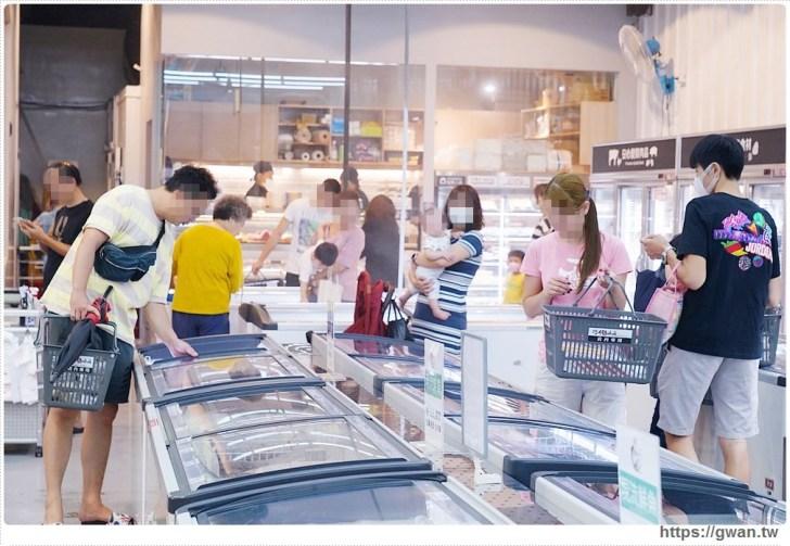 426dac617e6b7d03708ecc4d0ebed896 - 熱血採訪 台中最大海鮮超市!泰國蝦超便宜,烤肉串燒通通買的到!