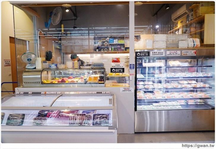 7d67e9d898a24ec8c3932674d70a7ea6 - 熱血採訪 台中最大海鮮超市!泰國蝦超便宜,烤肉串燒通通買的到!