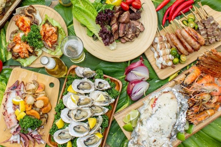 d0f13d62af03f827339015b3ed59fcd3 - 熱血採訪 台中最大海鮮超市!泰國蝦超便宜,烤肉串燒通通買的到!