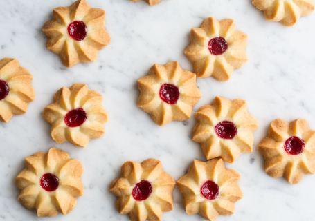 Margrietjes met Jam - Koekjesbijbel - Gwenn's Bakery