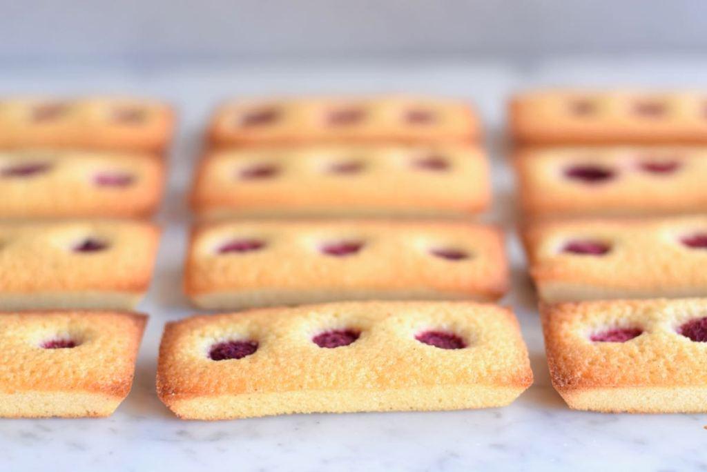 Frambozen financiers - Gwenn's Bakery