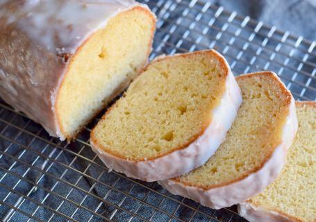 yoghurtcake met sinaasappelglazuur - Gwenn's Bakery