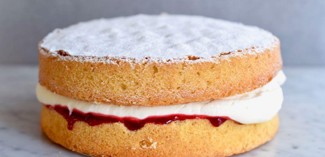 Victoria Sponge Cake - Gwenn's Bakery