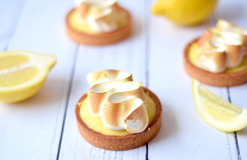 Citroen Meringue tartelettes - Gwenn's Bakery
