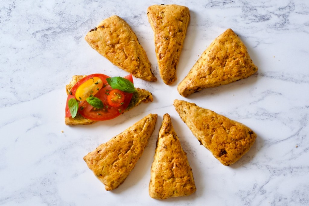 Hartige scones met tomaat en ham - Gwenn's Bakery