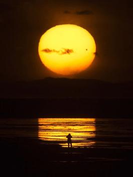 https://i0.wp.com/gwynnemayer.com/wp-content/uploads/2012/11/full_moon.png