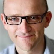 Mads Koch Hansen er formand for Lægeforeningen.