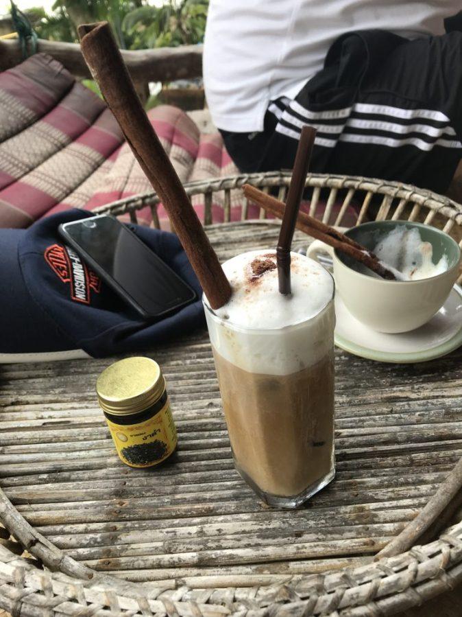 latte med stor kanelstång