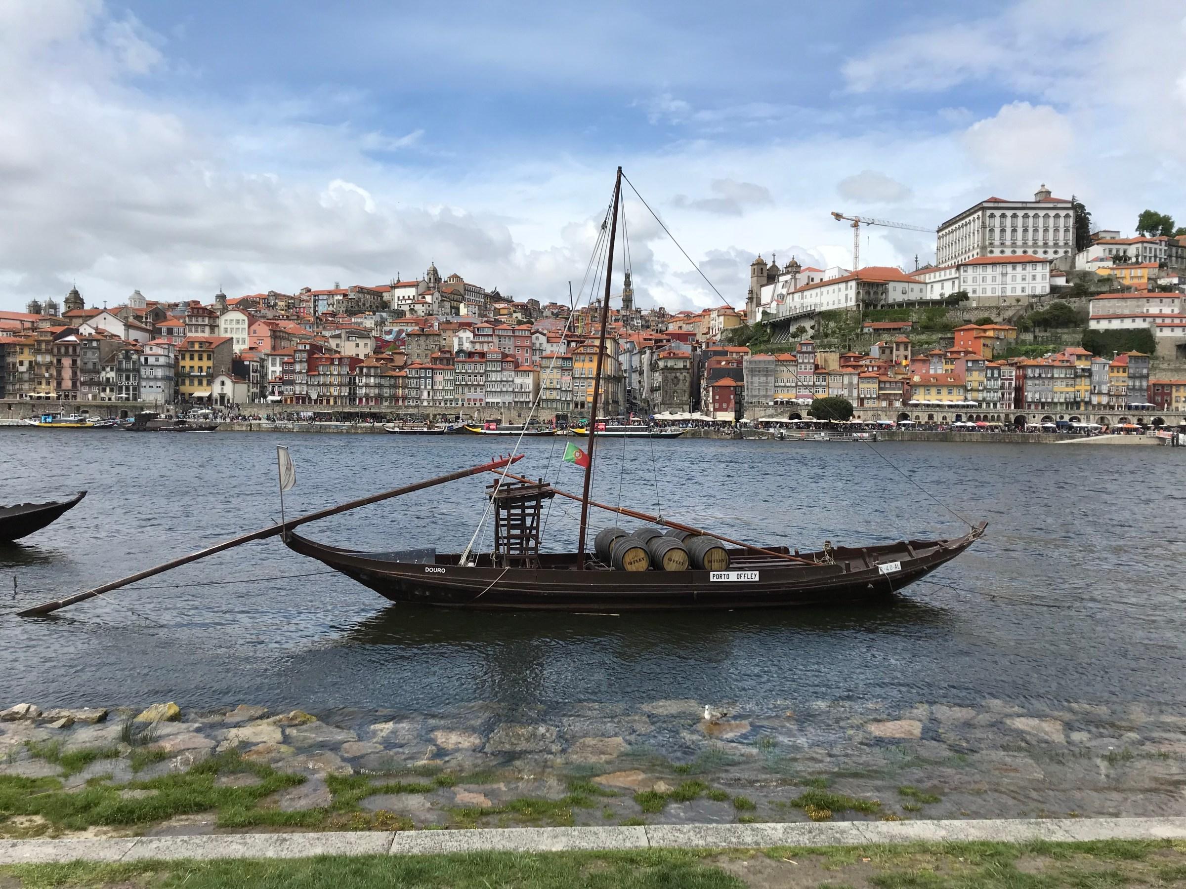 Båt på Dourofloden, Gyllintours