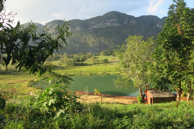 lake in Vinales