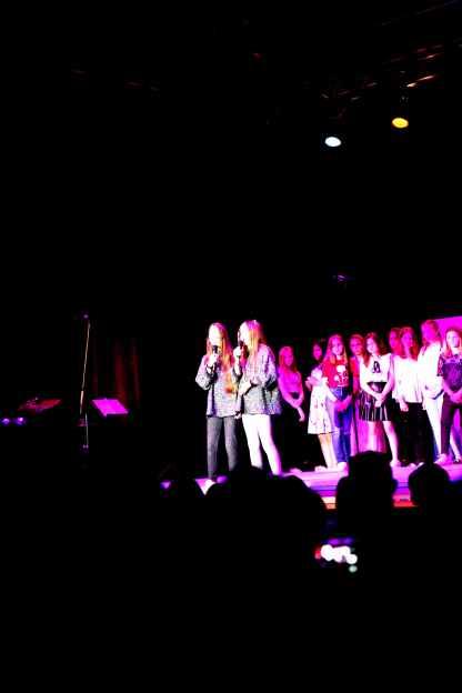 11 Jasmina uns Alicia singen jar od hearts von Christina Perri