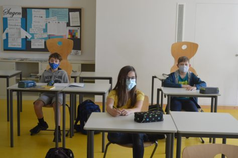 Sicherheitsabstand im Klassenzimmer