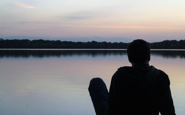 Μονολογοι της απομόνωσης