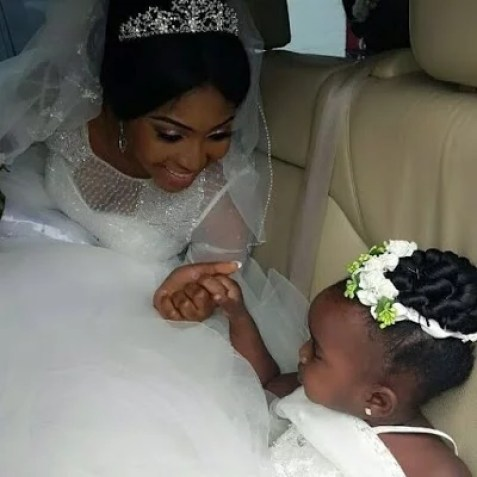 Ubi Franklin & Lilian Esoro White Wedding Photos 03