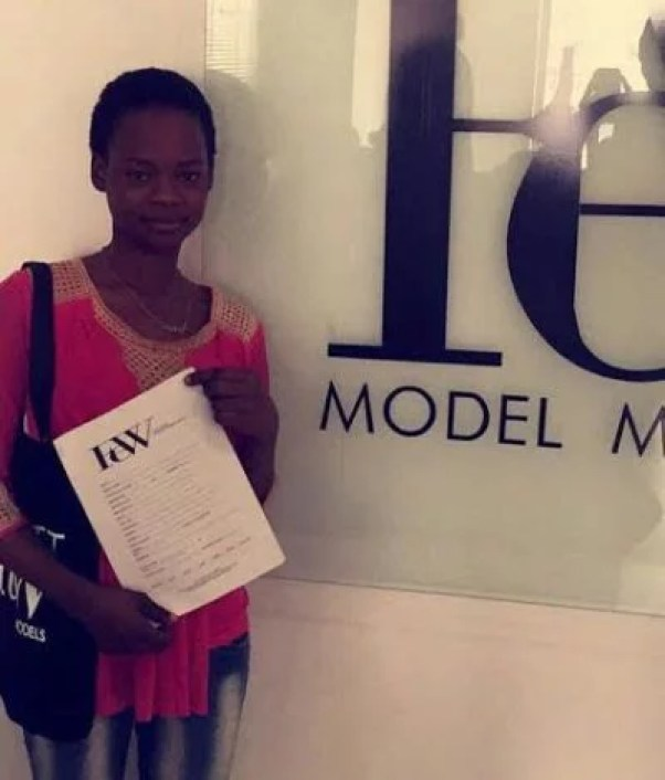 Olajumoke Bread Seller sign modelling contract