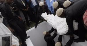 Moji Olaiya was buried Lagos 03