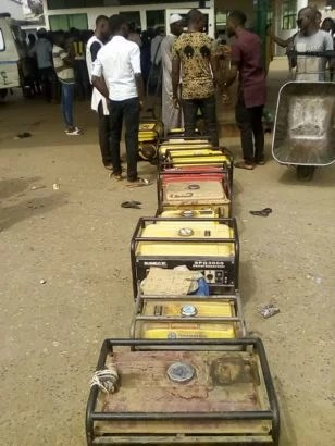 Generator owners queue at Filling Station 01